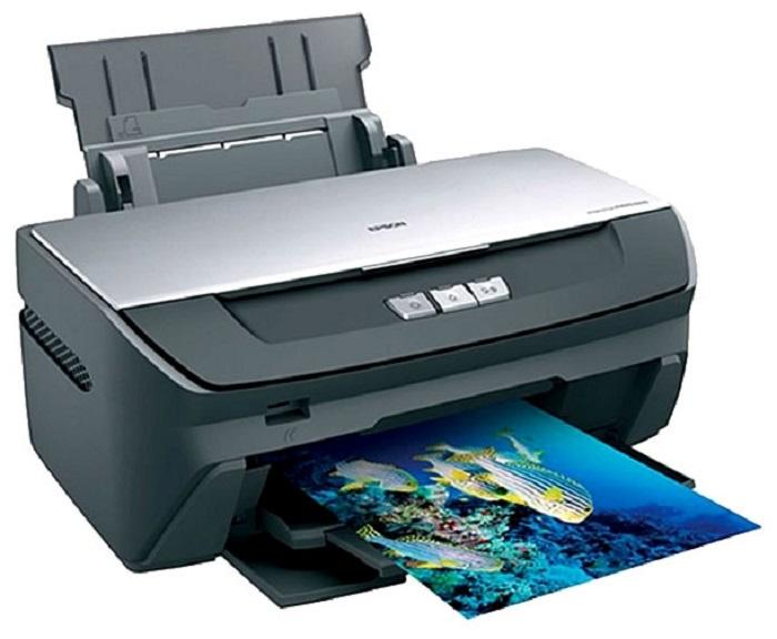 Комплектация принтера Epson Stylus Photo R270.