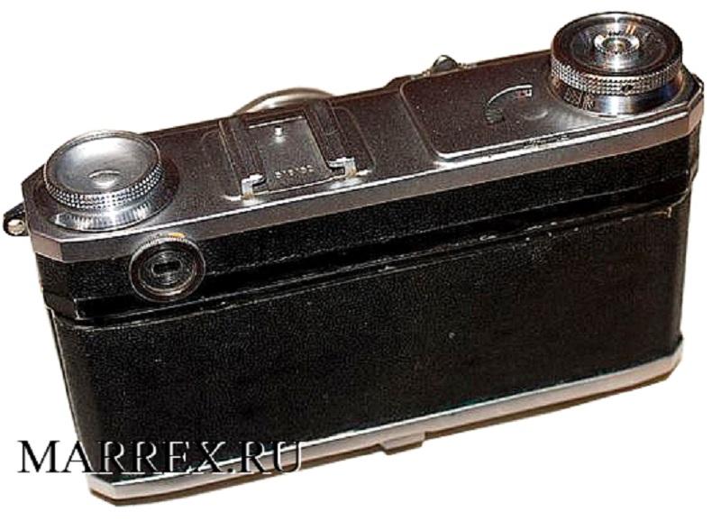 Фотоаппарат  Киев 4 , вид сзади
