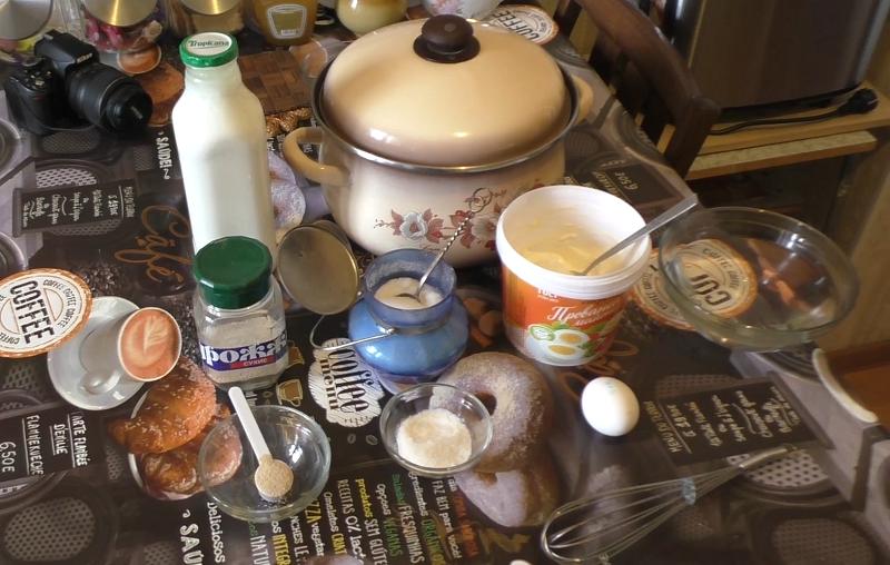 Рецепт, ингредиенты для дрожжевых блинов.
