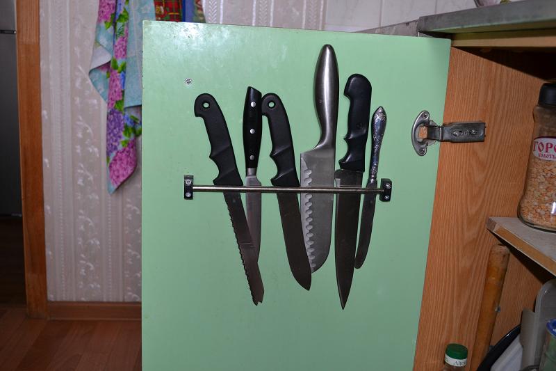 Как сделать  поставку под ножи своими руками